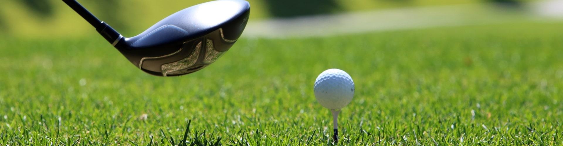 Eisen und Golfball